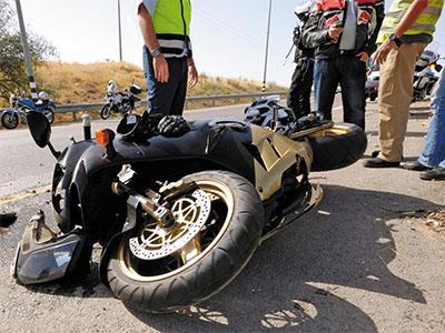 Consulta Gratuita en Español con Abogados de Accidentes de Moto en Alhambra California