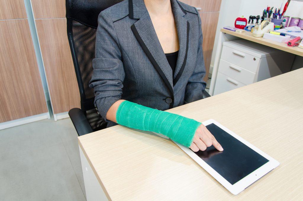 La Mejor Asesoría Legal de Abogados de Accidentes de Trabajo, Demanda de Derechos y Beneficios Cercas de Mí en Alhambra California